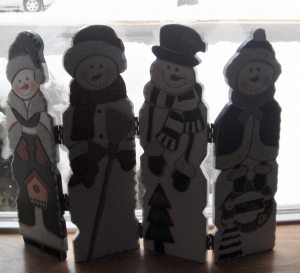 Four snow people